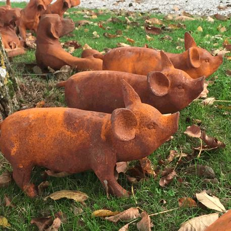 Statue de bébé cochon